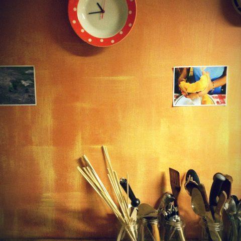 Kitchen_in_Looming_Hostel_Tartu_Estonia